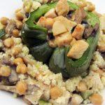 Poivrons farcis poulet/légumes et couscous