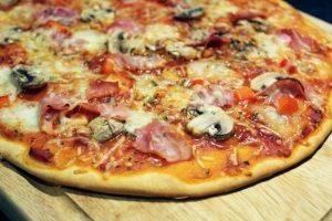 pizza jambon champignons