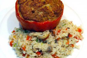Poivrons farcis et riz