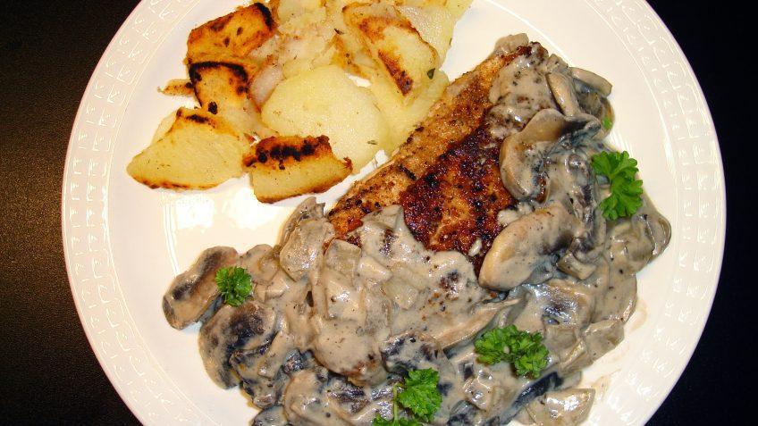 Dinde à la sauce champignon