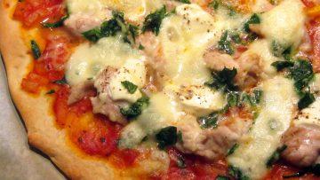 pizza à la dinde épinards et crème fraîche