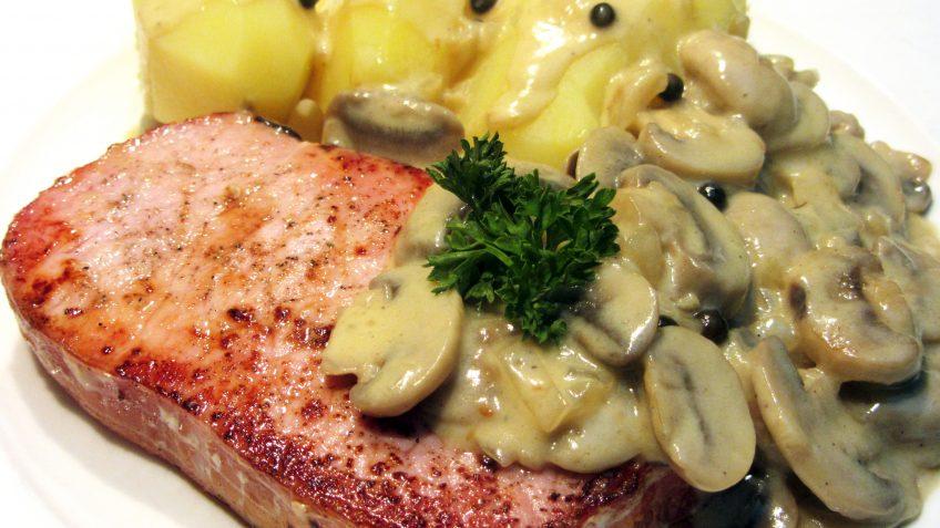 rôti de porc aux champignons à la crème