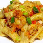 pâtes aux scampis et à la sauce curry