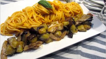 Spaghetti au pesto à la ricotta et aux aubergines