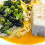 poisson, tagliatelles, brocoli et sauce Mary-Rose