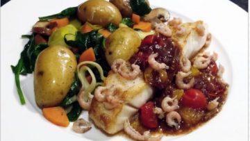 filet de morue, légumes vapeurs et tomates cerises