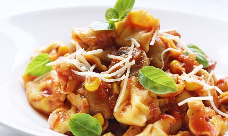 cappelletti à la sauce tomate