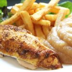 poulet, compote, frites