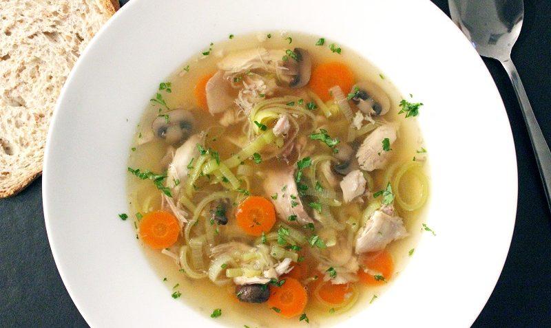 soupe de poulet à l'ancienne