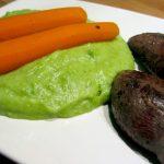 filets de pigeon, purée de petits pois et carottes